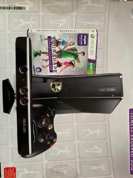 Xbox360 kinect 4gb