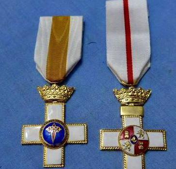 2 medallas militares, merito y constancia. franco