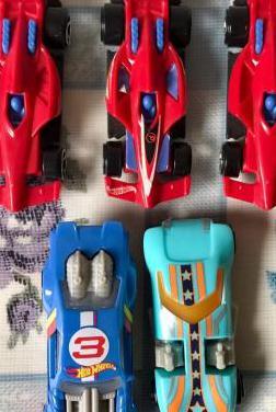 Lote 5 coches miniatura mcdonald