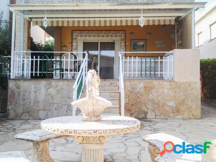 Casa reformada en Segur de Calafell zona Centro, de 160 m., 326 m. de parcela, 20 m de terraza, 3 h 3