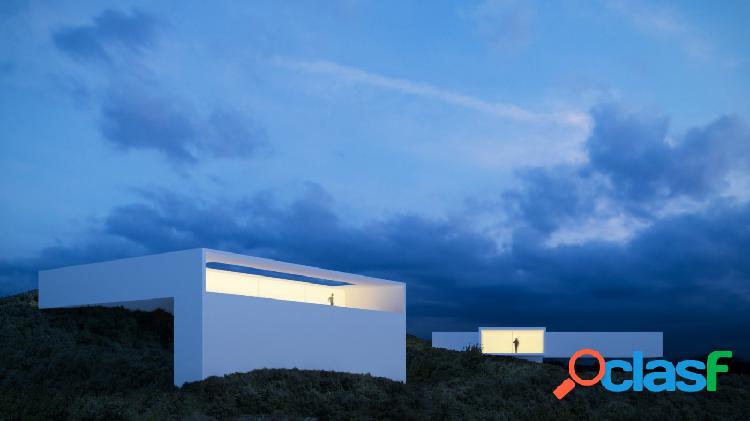 Proyecto - villa de lujo con la piscina y maravillosas vistas al mar