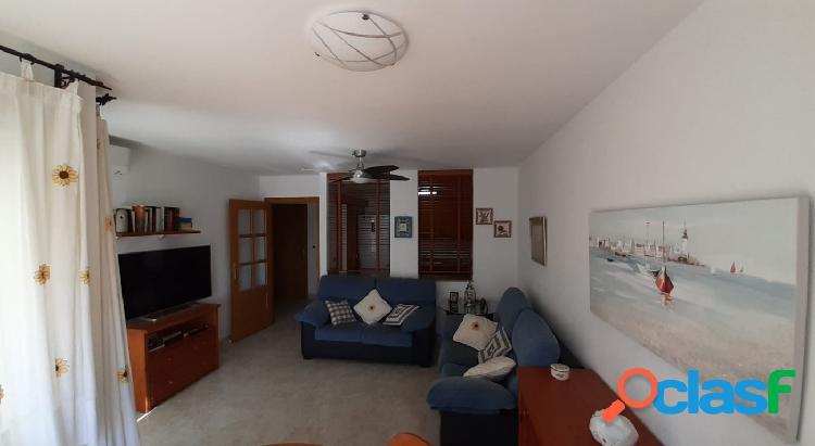 Apartamento ALQUILER en Benicassim zona Voramar-Almadrava, 75 m 3