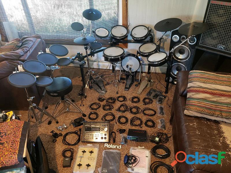 En el paquete Roland TD 30,TD 7 Percusión