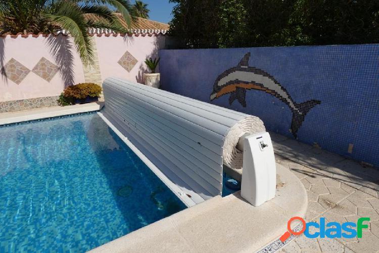 Chalet 5 dormitorios con piscina privada 2