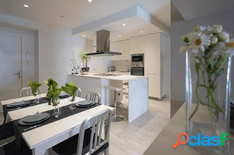 Alquiler de temporada: apartamento 2 habitaciones en centro (sitges)