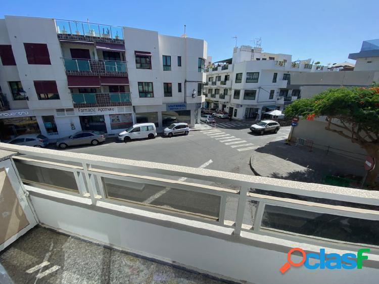 Apartamento con balcón a dos pasos de la playa de arguineguin