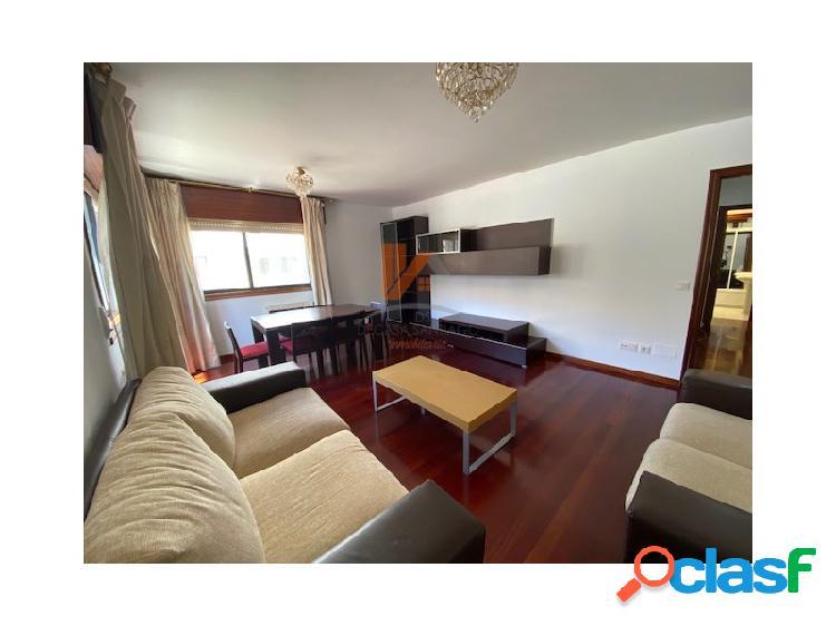 Se alquila piso de 3 habitaciones en calle astorga, fontiñas.