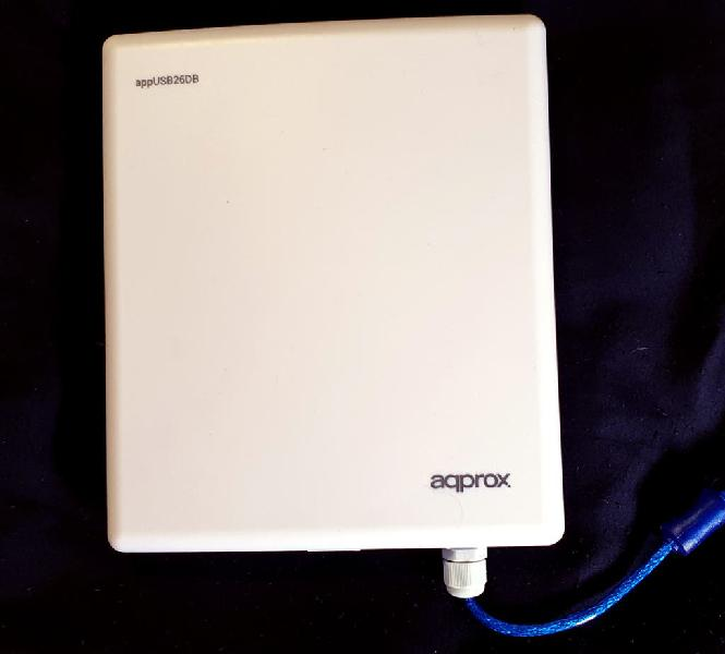Adaptador wifi usb (26 dbi 2000 mw 150 mbps)