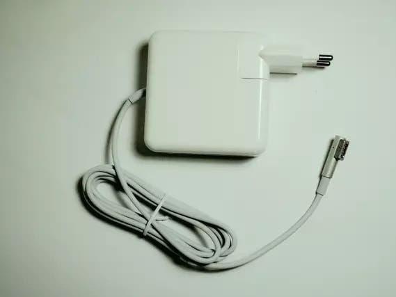 """Cargador macbook pro 15"""" (2008-2012)"""