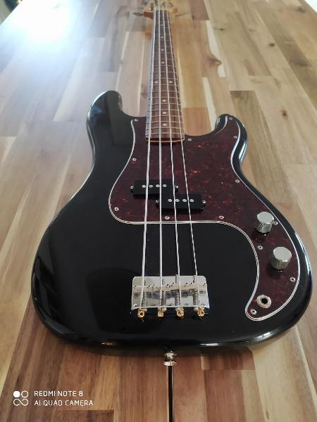 Fender precisión bass mij