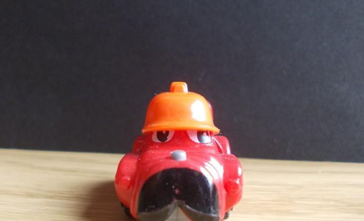 Figura colección huevo kinder k99 nº 105 automóvil coche