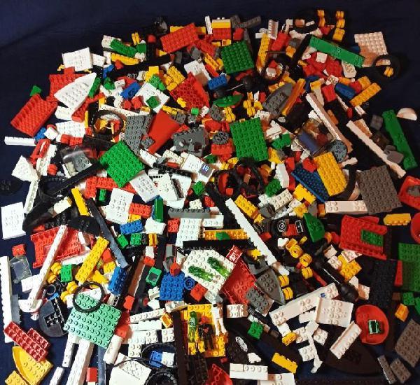 Lote de piezas tente,1.220 gramos,(889 piezas)