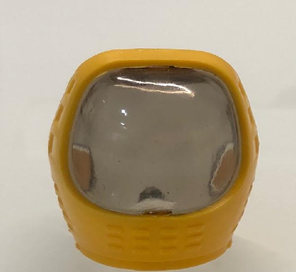 Madelman. casco cosmic color amarillo. reinyectado molde