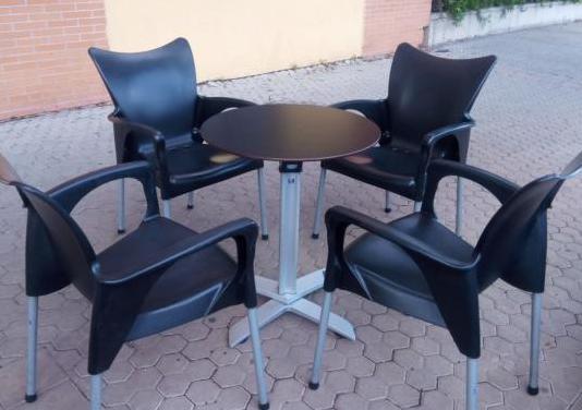 Mesas y sillas de hosteleria