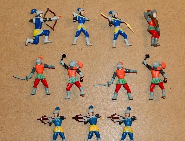 Oferta: 11 figuras con algún defecto, popular de juguete,