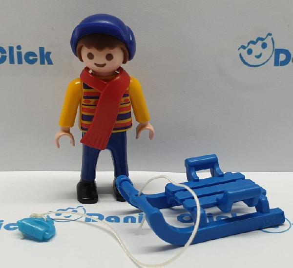 Playmobil niño con trineo ciudad navidad