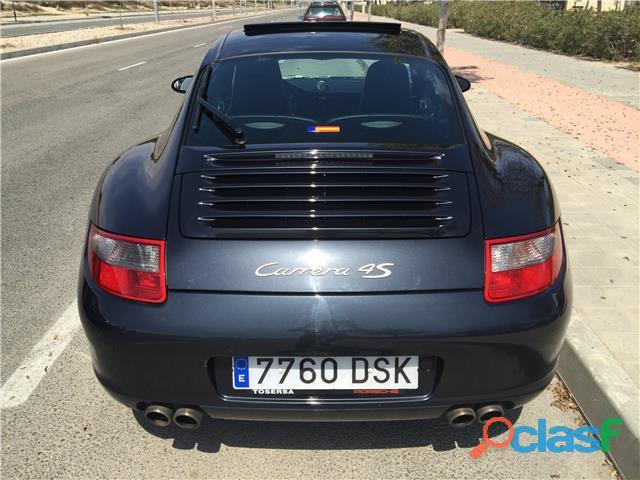 Porsche 911 Carrera 4S 1