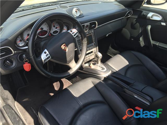 Porsche 911 Carrera 4S 6