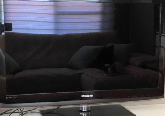 Televisión samsung 40 led
