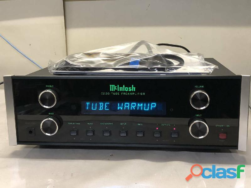 Amplificador de potencia Macintosh C220 C 220