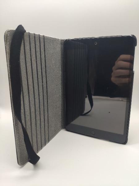Ipad mini mobil con celular