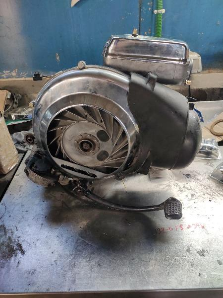 Motor vespa 150 04m