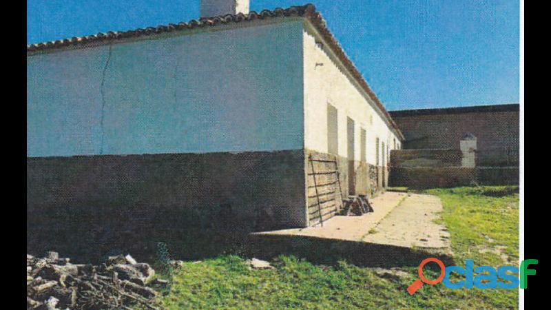 Finca rústica de 172 hectáreas Caceres/Trujillo 1