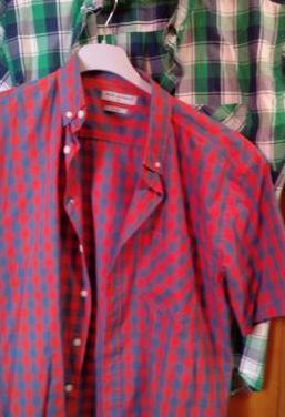 2 camisas manga corta, talla m