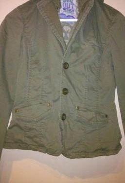 Chaqueta estilo americana con capucha, color verde