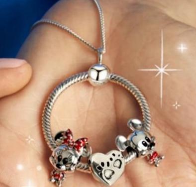 Collar charms mickey minnie chapado plata