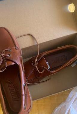Zapatos náuticos a estrenar