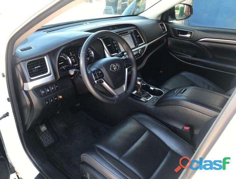 Toyota Highlander Limited 3.5V6 Hybrid AWD 4