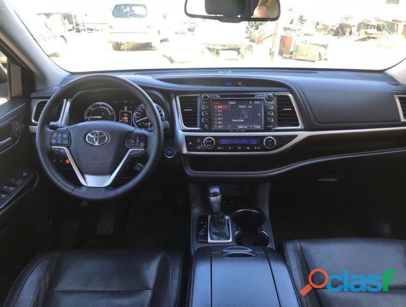 Toyota Highlander Limited 3.5V6 Hybrid AWD 2