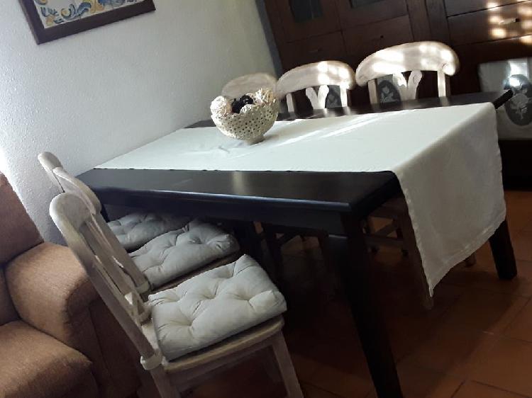 Mesa comedor .