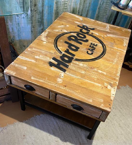 Mesa vintage nueva