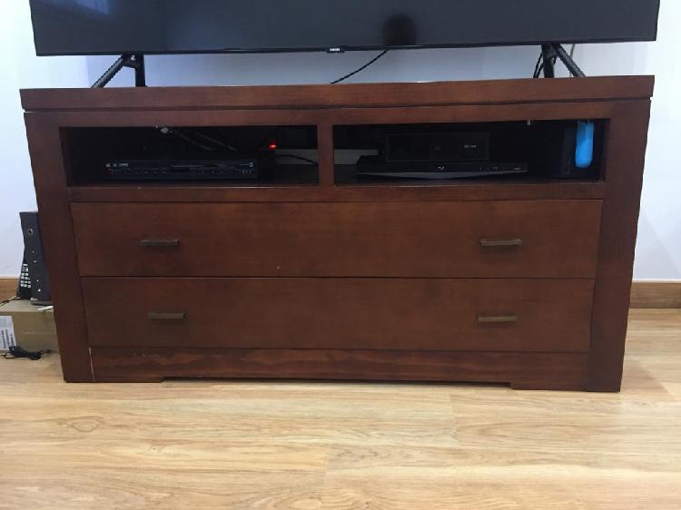 Mueble tv madera.