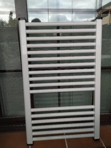 Radiador toallero aluminio blanco