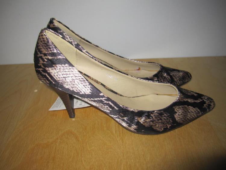 Zapatos tacón stiletto raso serpiente talla 37