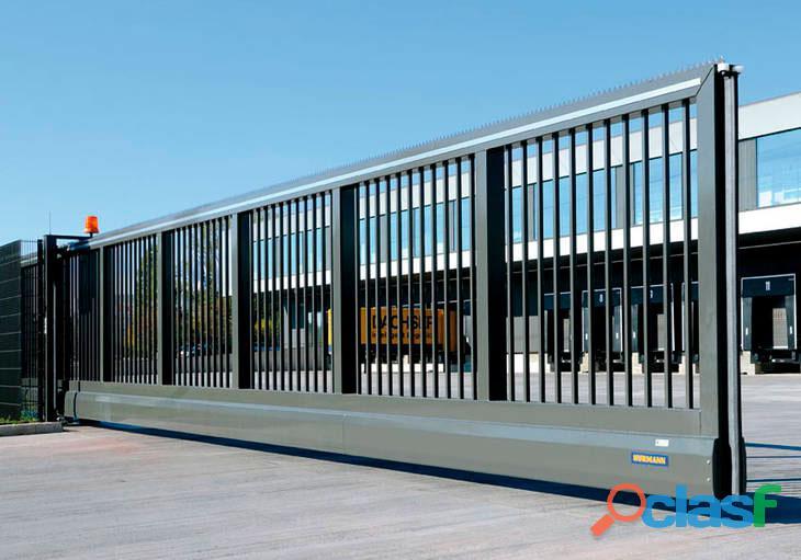 Especialistas en puertas industriales para diferentes sectores 3