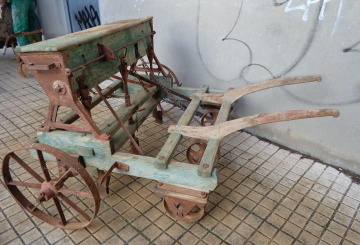 100 años muy rara e impresionante sembradora de remolacha