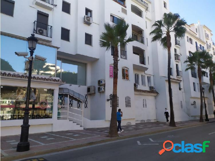 Venta local puerto banus