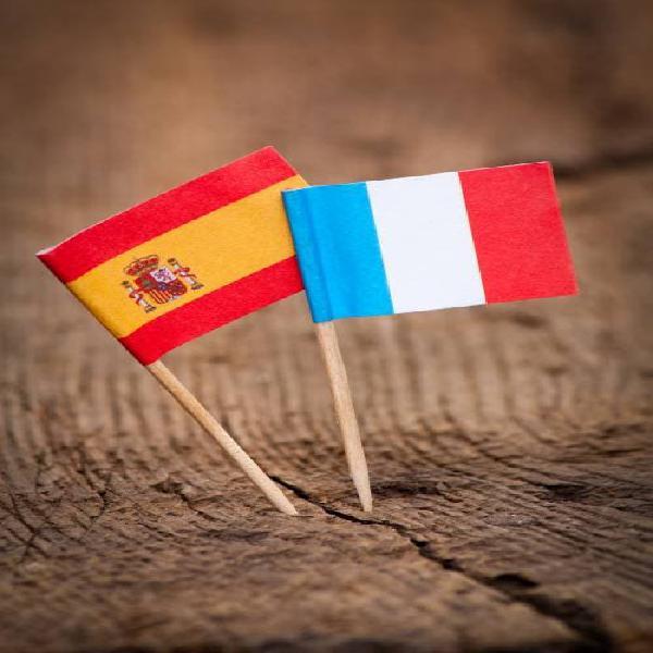 Profesora nativa y titulada de francés y español