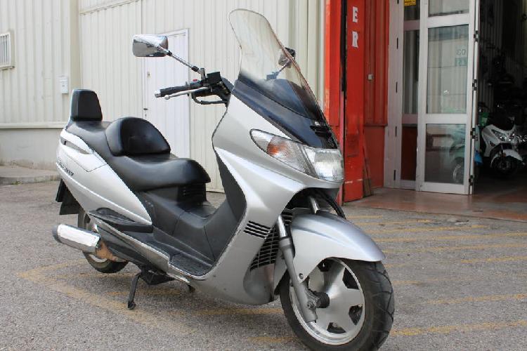 Suzuki an 250 burgman pvp 1.299 €