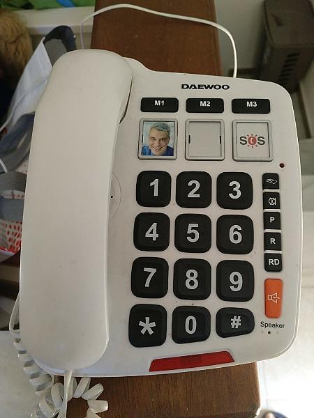 Teléfono fijo personas mayores