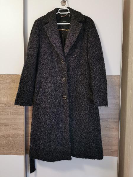 Abrigo elegante de la firma ivanka trump
