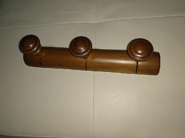 Perchero pared madera maciza 3 polos nuevo!!