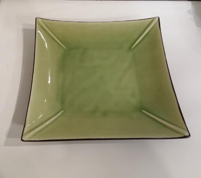 Plato cuadrado cerámica verde