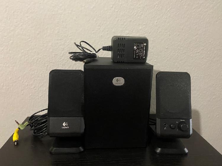 Altavoces logitech r-20 2.1 speakers