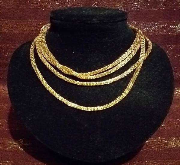 Articulo de bisuteria - colgante en bronce. cordon dorado -