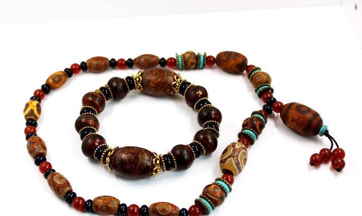 Conjunto de collar y pulsera de cuentas de oración budistas